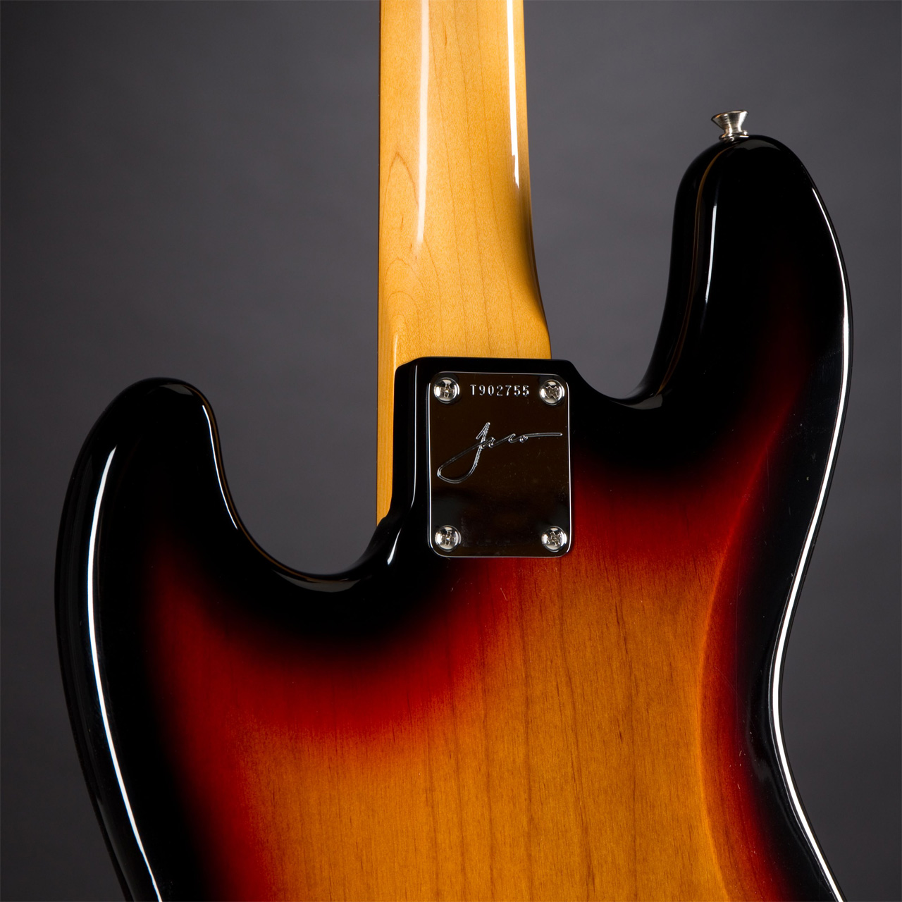 FENDER Jaco Pastorius Jazz Bass 3-Color Sunburst Rückseite