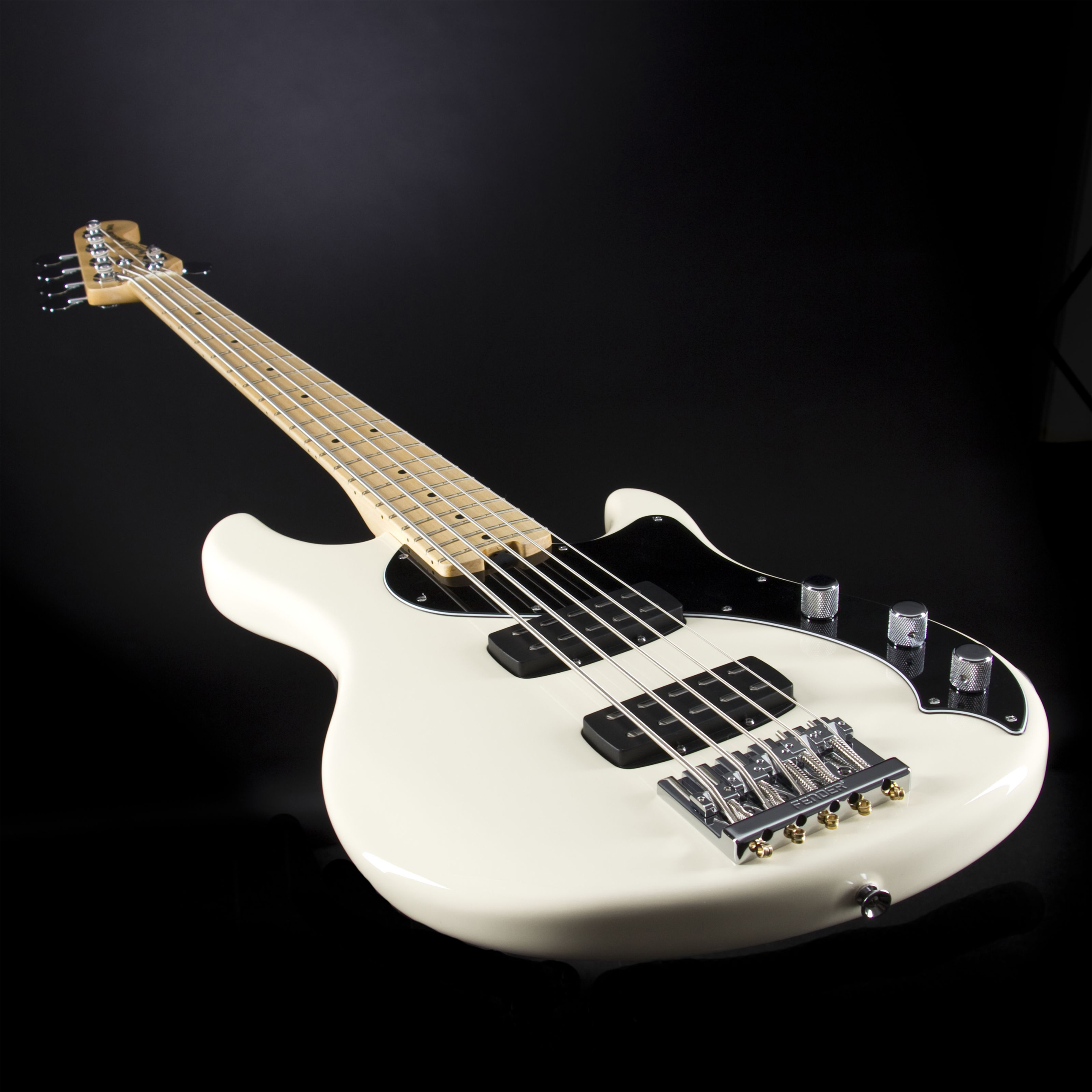 FENDER American Standard Dimension Bass V HH MN Olympic White Detail