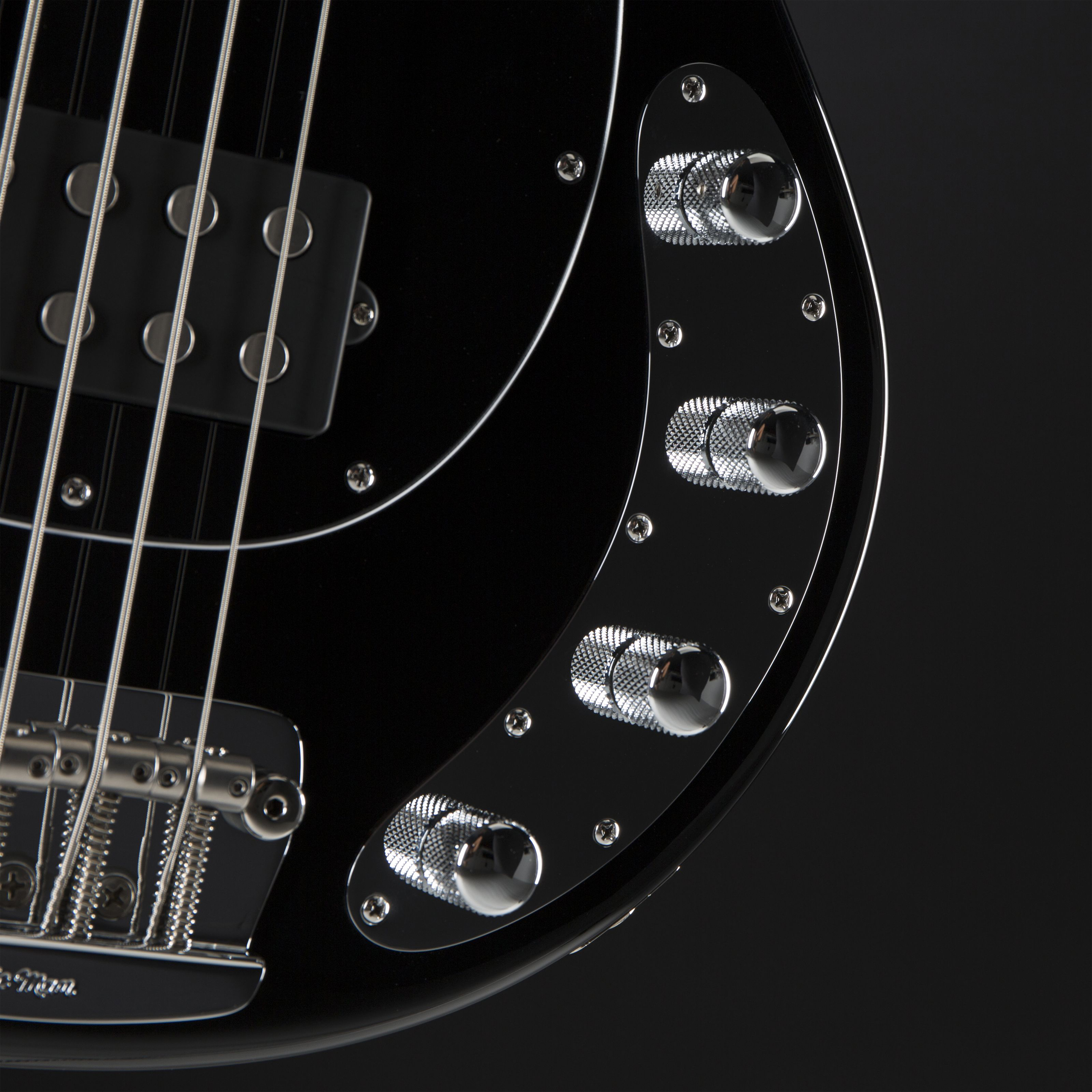 MUSIC MAN StingRay Neck Through RW Black Detail