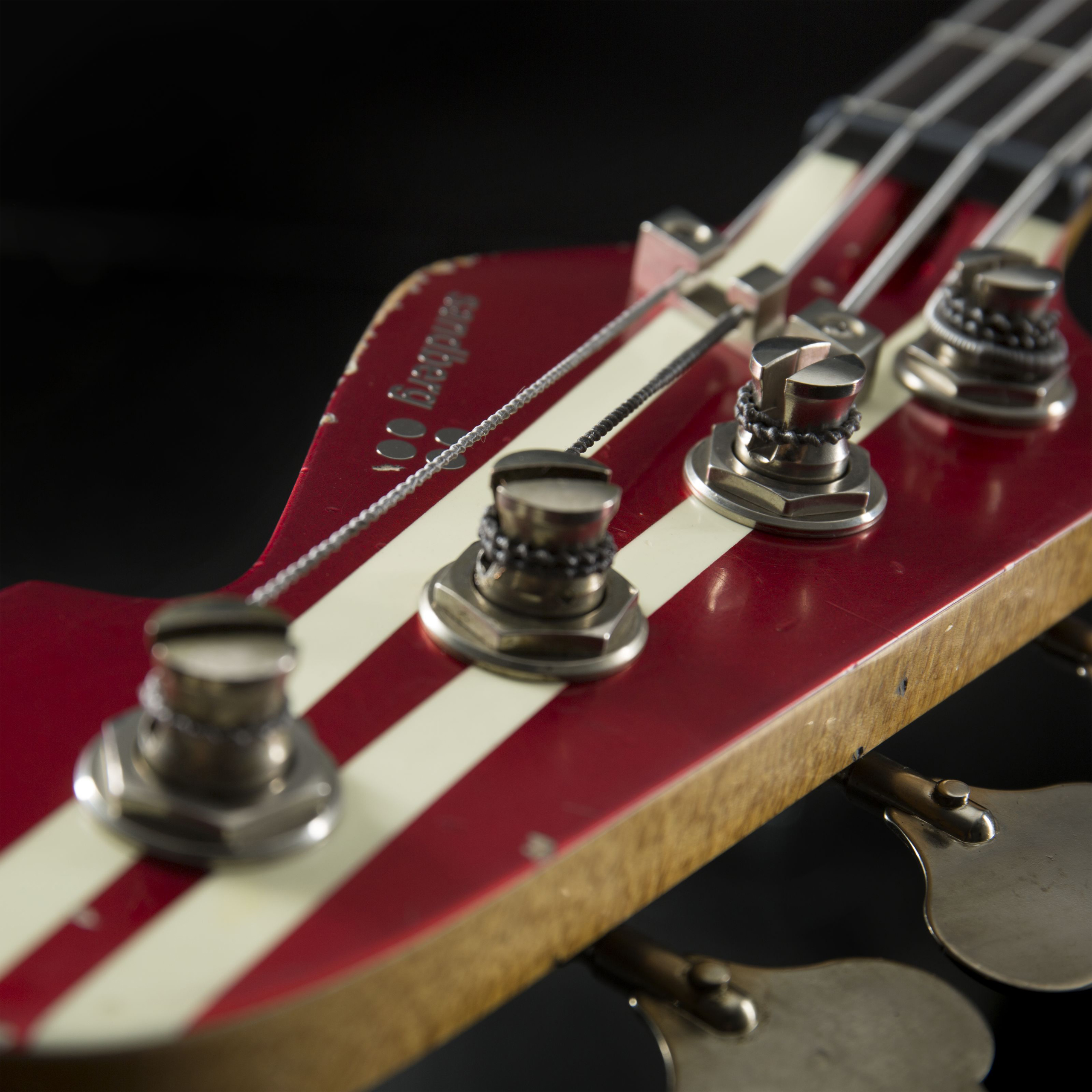 Sandberg Forty Eight 4 RW Metallic Red w/ Matching Headstock Hardcore Aged Kopfplatte