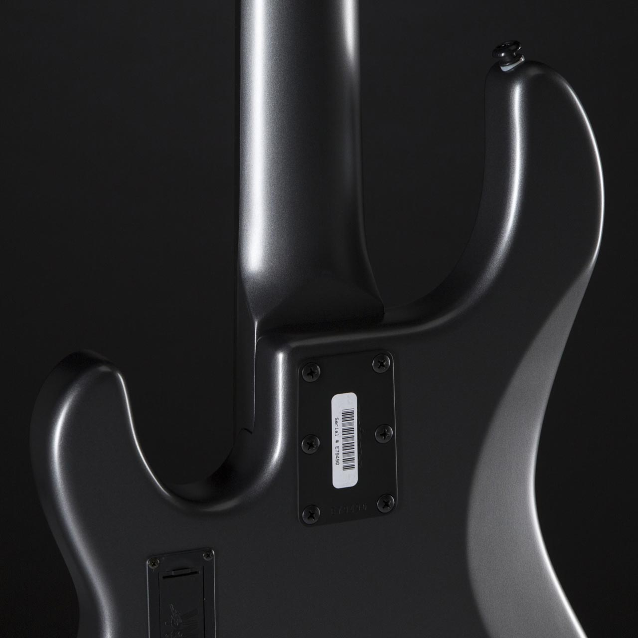 Music Man StingRay 5 3EQ 2H Stealth Charcoal Neck