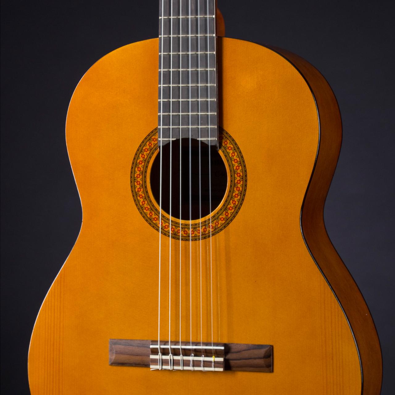 Jual Gitar Yamaha C