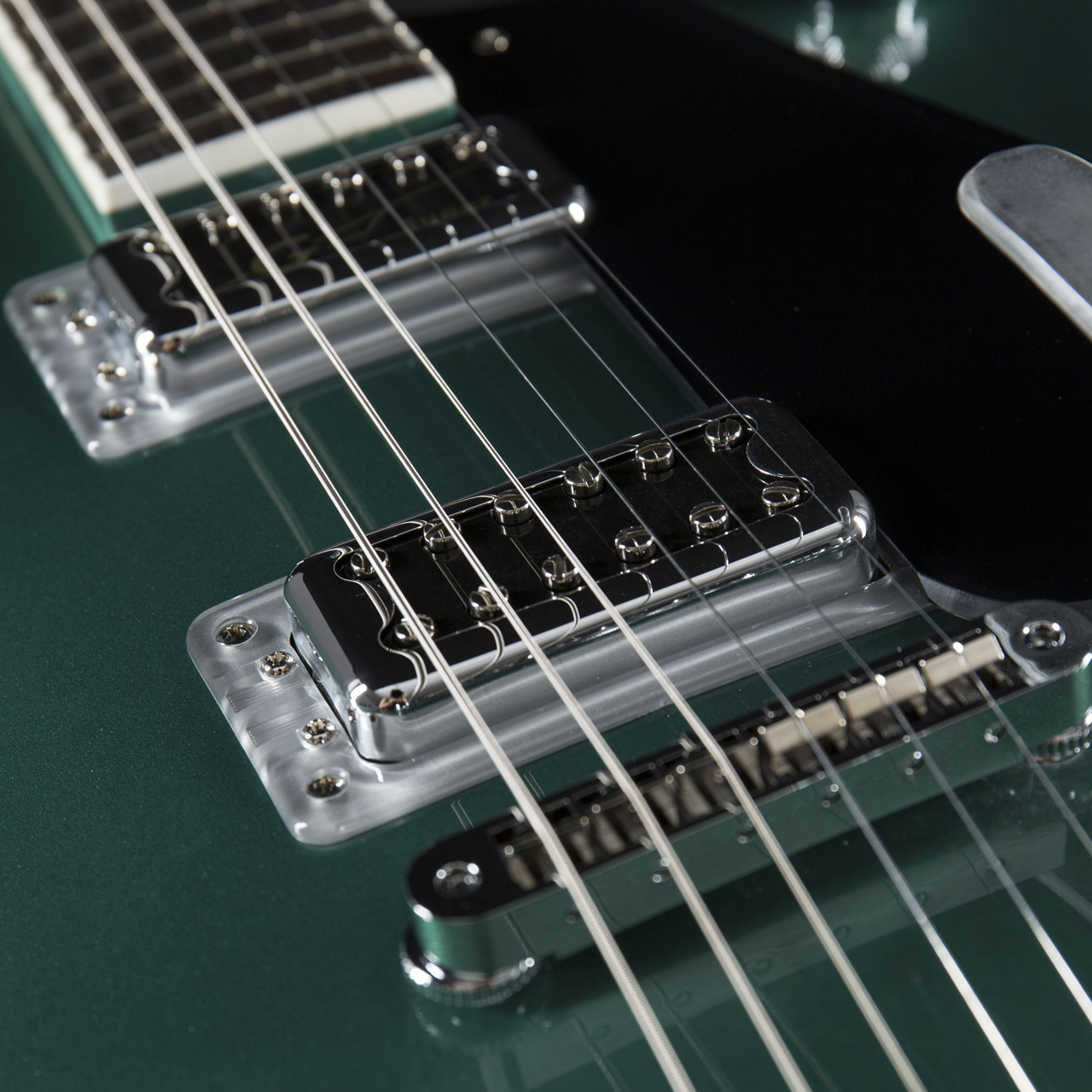 Gretsch G5620T-CB Electromatic Georgia Green Pickups