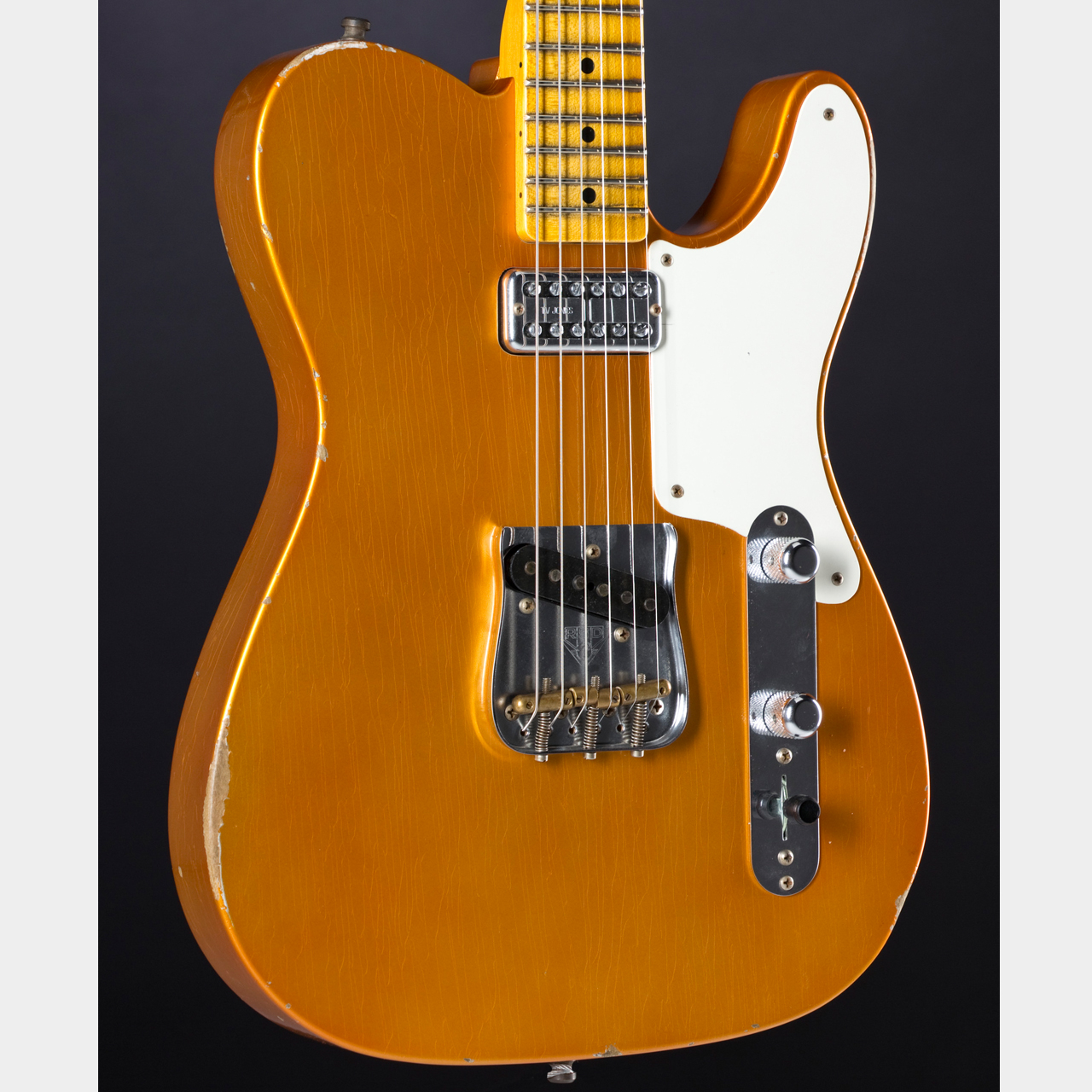 FENDER Limited Edition Relic Tele Caballo Tono Faded Candy Tangerine Body Detail