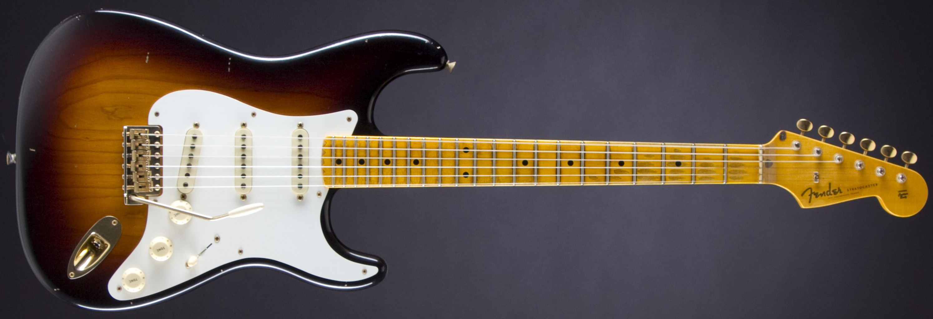 FENDER 20th Anniversary Relic Stratocaster Faded 2-Tone Sunburst #R84111