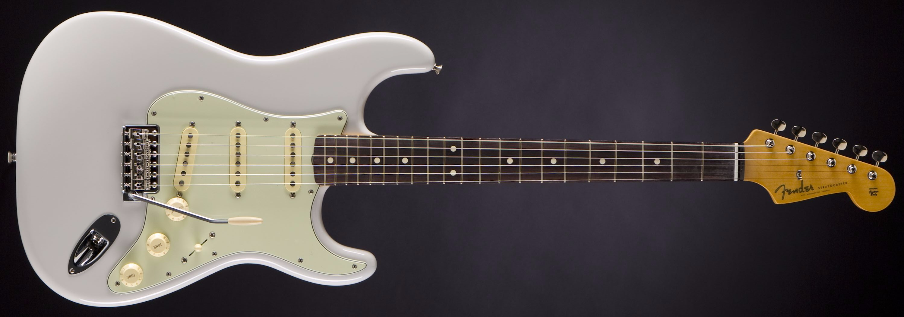 FENDER FSR Classic '60s Stratocaster Lilac Front
