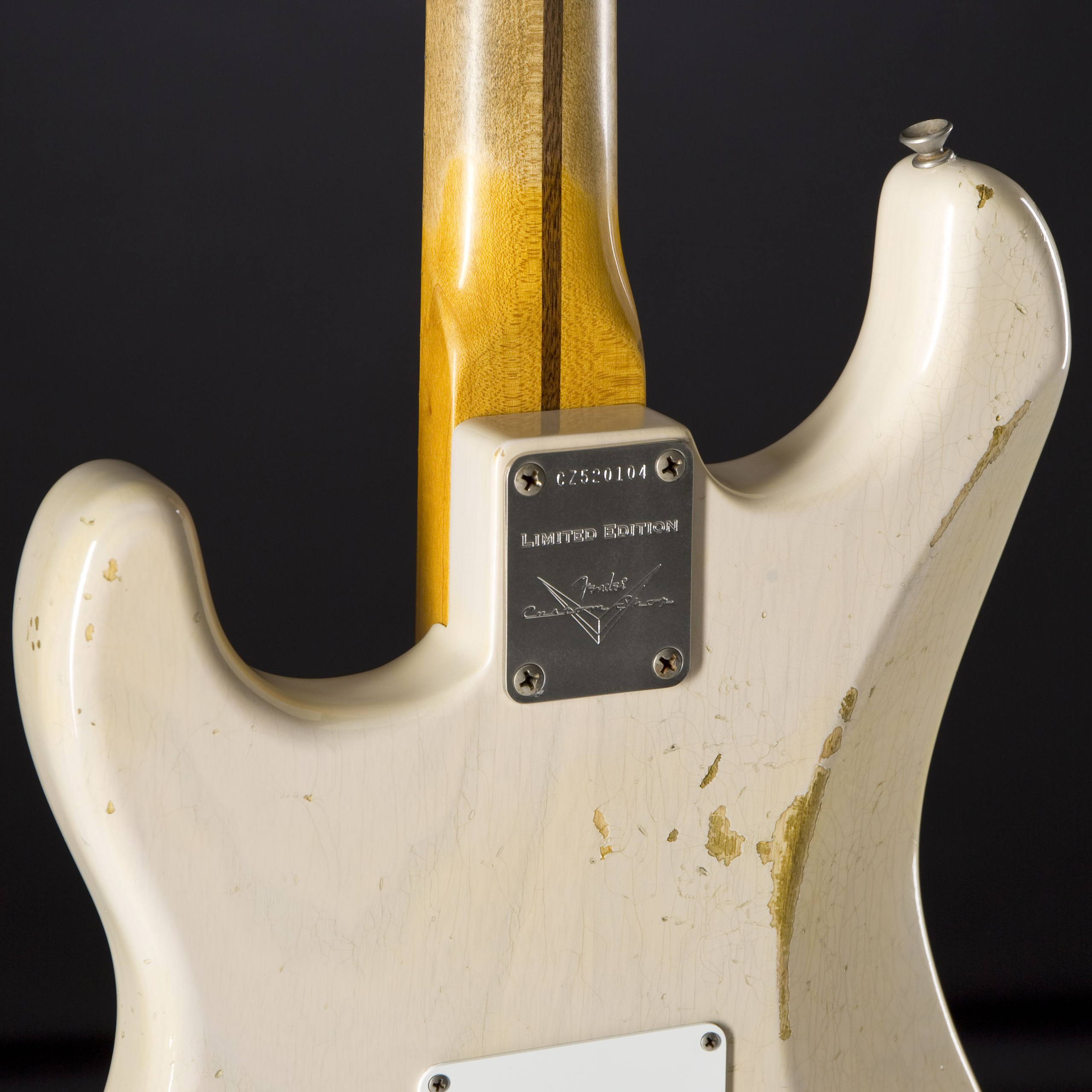 FENDER Limited Edition 1955 Relic Stratocaster Dirty White Blonde #CZ520104 Rückseite