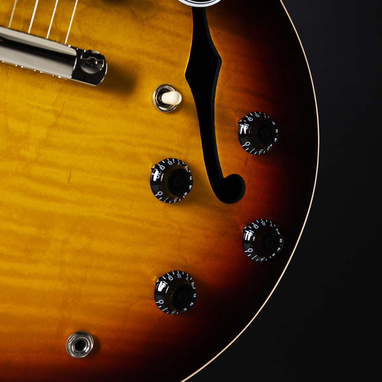 Gibson ES-335 Slim Neck Sunset Burst Korpus2