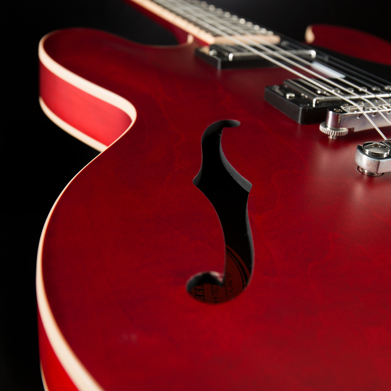 Gibson ES-335 Satin Faded Cherry Korpus