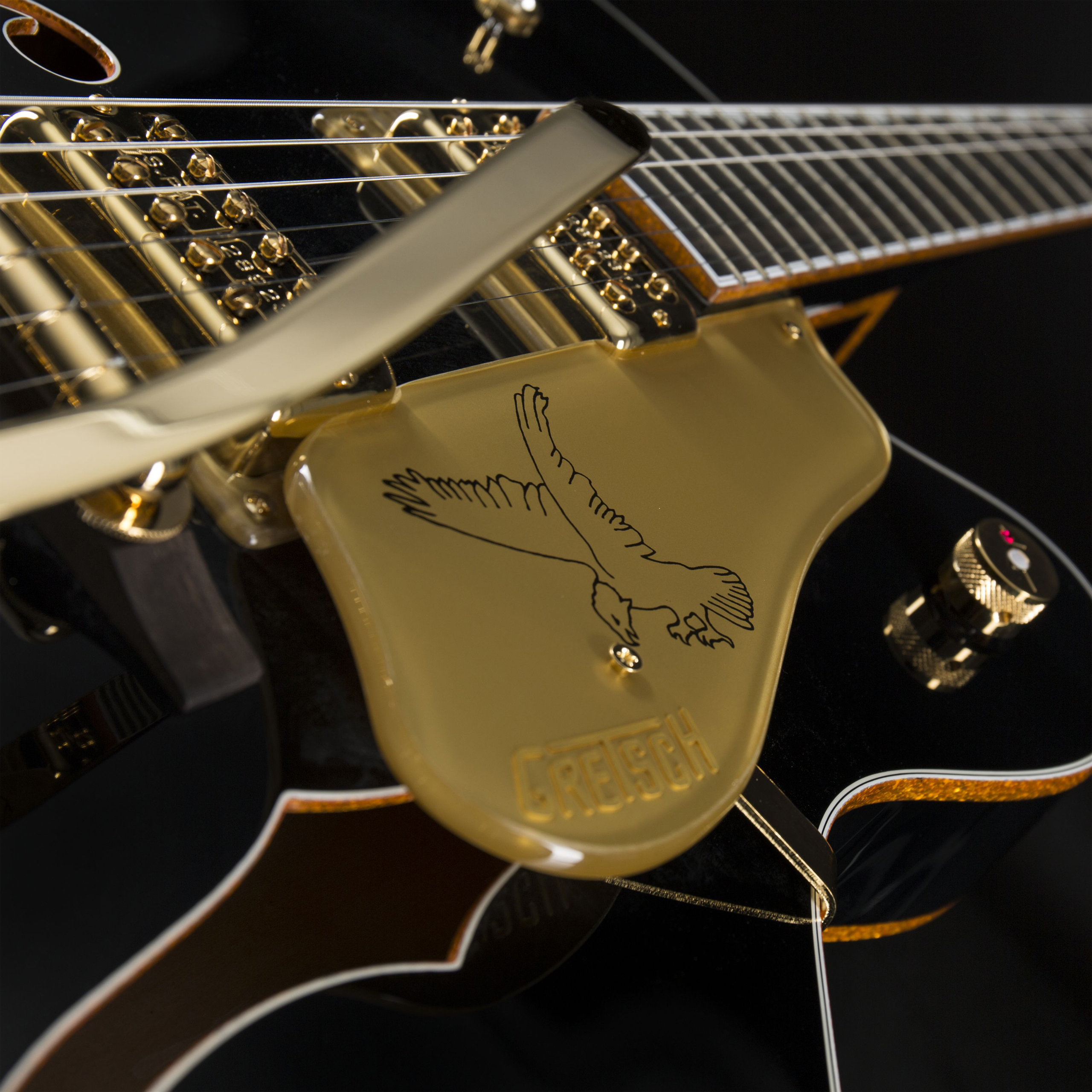 GRETSCH G6136T-BLK Players Edition Black Falcon Detail