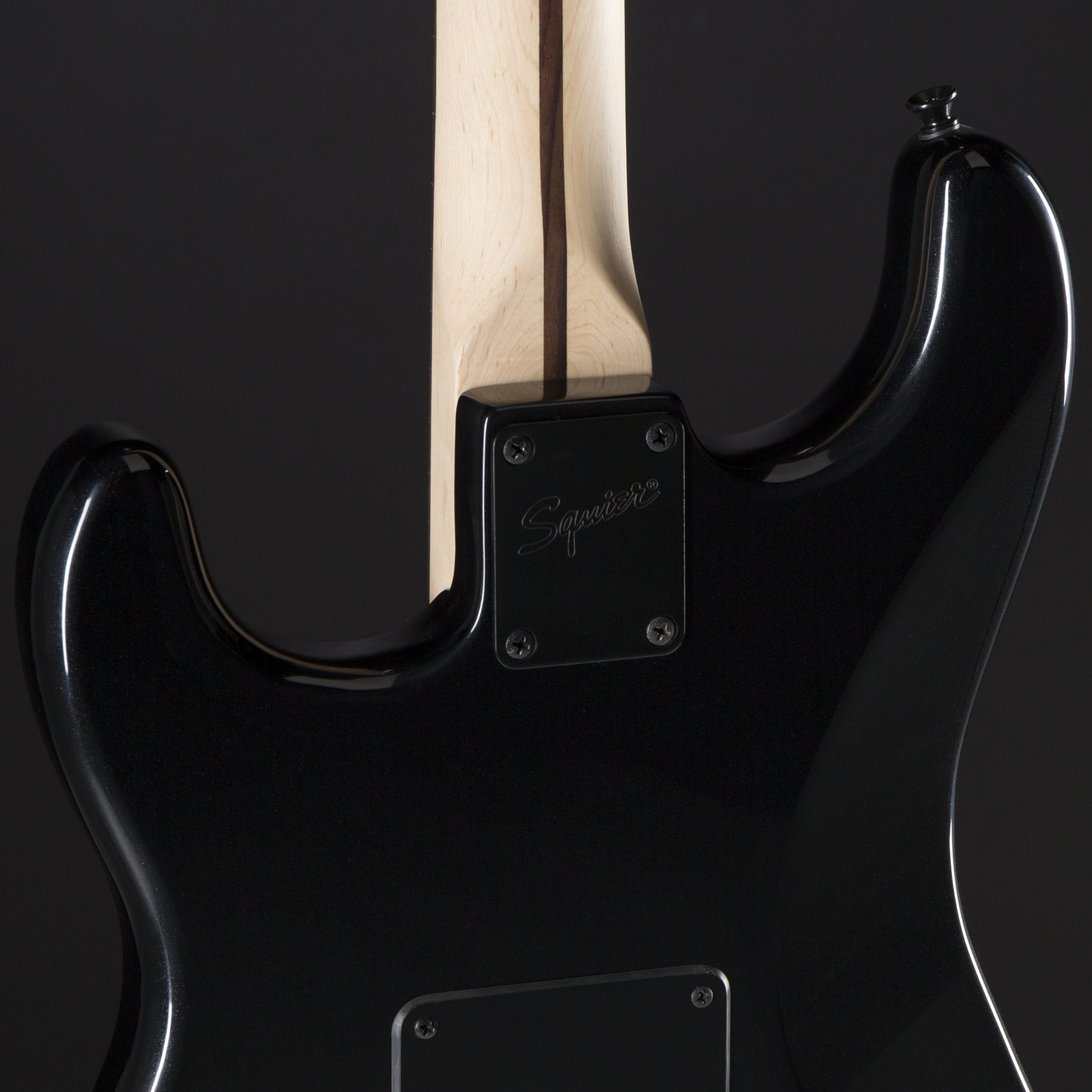 SQUIER Bullet Strat HSS FSR Black Metallic Black Hardware Rückseite