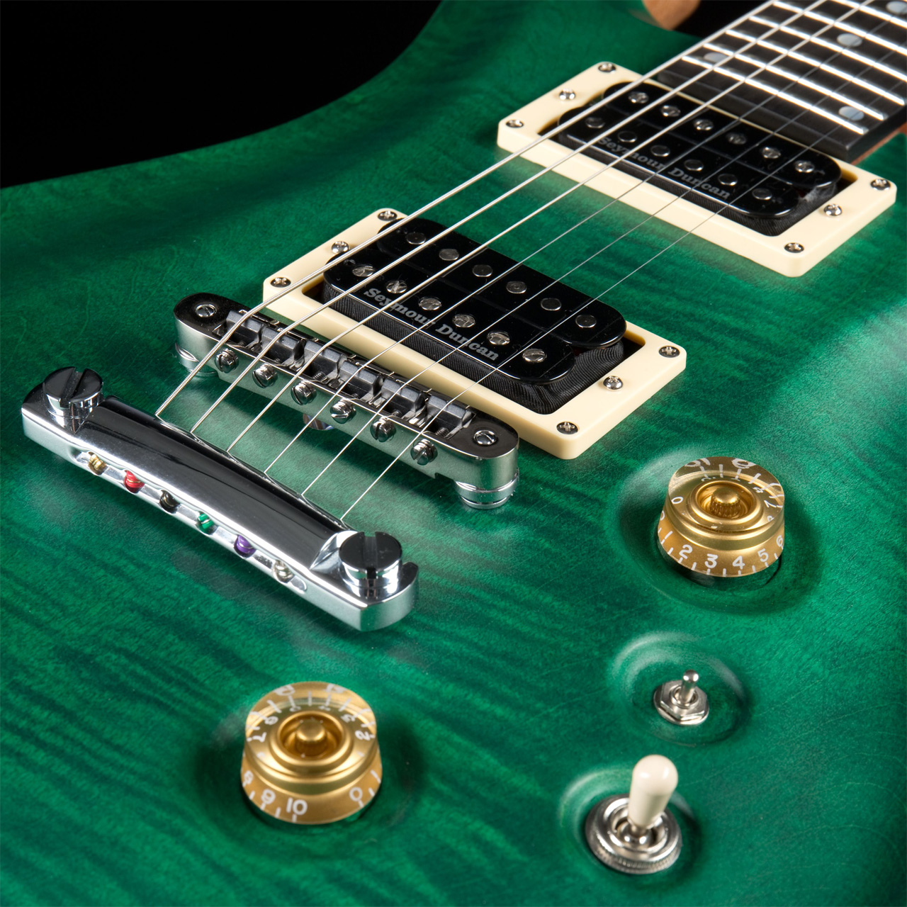 FAME Forum IV Modern Emerald Green Satin Pickups