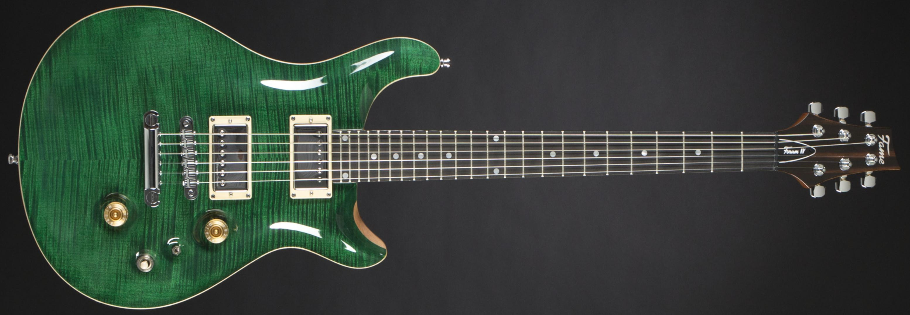 Fame Forum IV Classic Emerald Green High Gloss Front