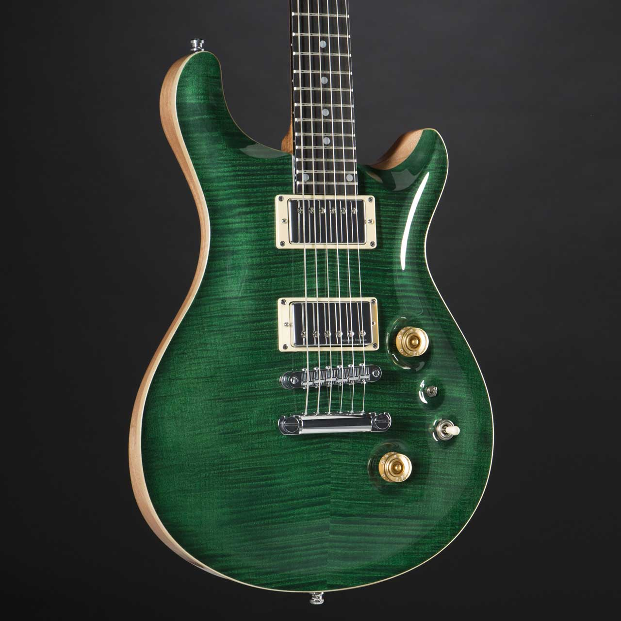 Fame Forum IV Classic Emerald Green Highgloss Pickups