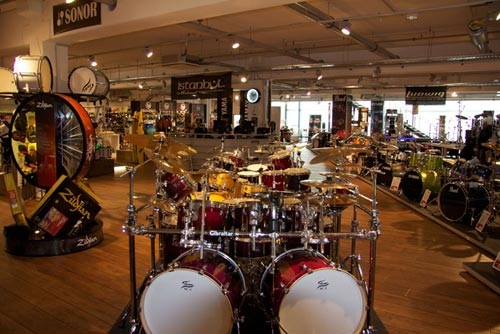 MusicStore-MusicStoreShop:/department-footer/Drums-1.jpg