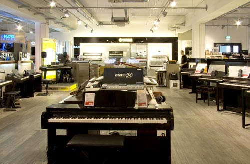 MusicStore-MusicStoreShop:/department-footer/Keyboard-4.jpg