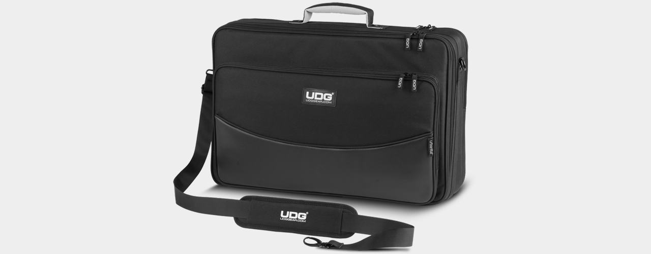 UDG - Urbanite Controller Flightbag Medium Black (U7001BL)