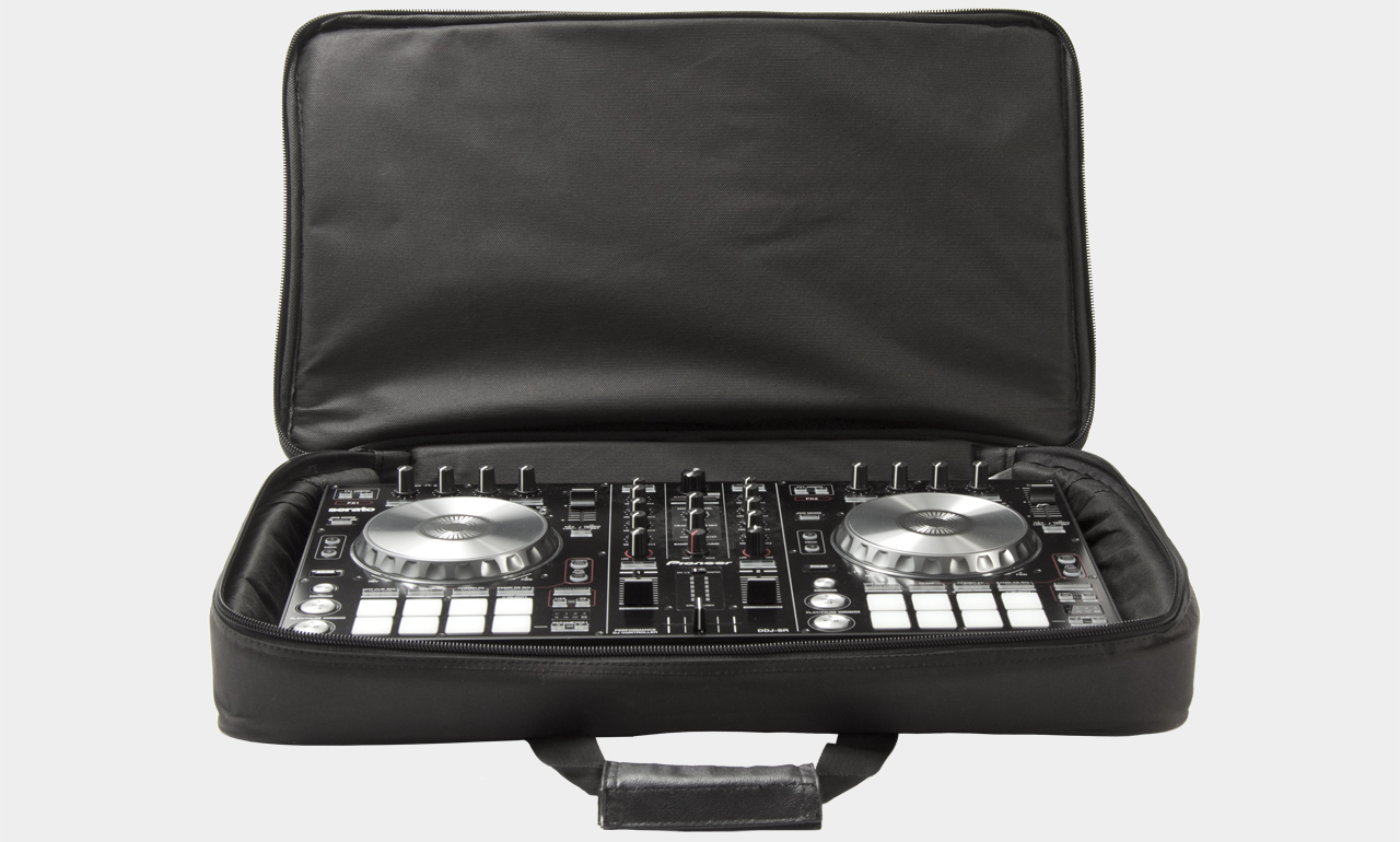 MUSIC STORE DJ Controller Bag Medium mit Pioneer DDJ-SR