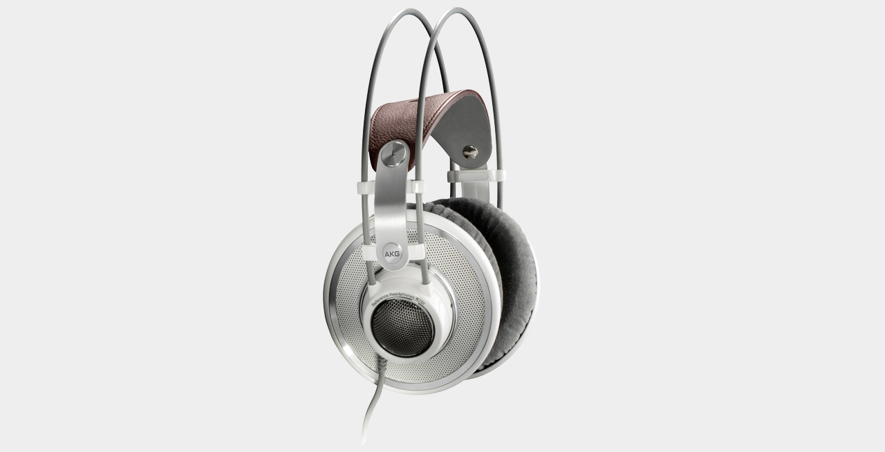 AKG - K 701 Headphone Half-Open