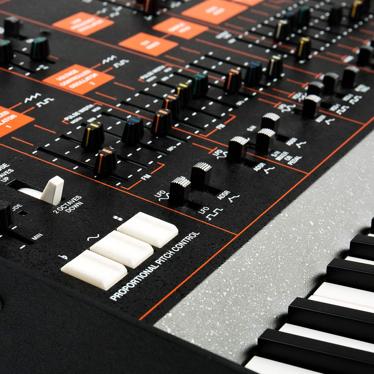 Arp Odyssey Pitch Bend und Modulation Controls